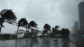 Miền Trung còn đối mặt mưa bão phức tạp trong nửa đầu tháng 11/2020