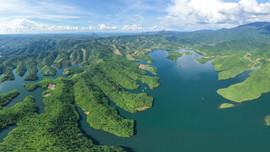 Choáng ngợp vẻ đẹp hồ Tà Đùng - Hạ Long trên Tây Nguyên