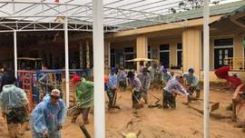 Quảng Trị dọn sạch bùn đất, đưa học sinh trở lại trường sau trận lũ lịch sử
