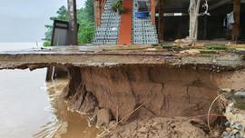 Quảng Bình: Lập phương án xây dựng khẩn cấp tái định cư cho các hộ dân tại điểm sạt lở