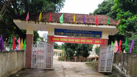 Thông tin tiếp về công trình tường bao đổ vào nhà dân ở Hà Giang: Trách nhiệm của chính quyền địa phương ở đâu?