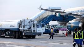 Đề xuất giảm thuế bảo vệ môi trường đối với nhiên liệu bay đến hết năm 2021