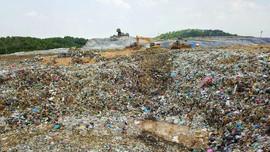 Hà Nội triển khai loạt giải pháp giảm mùi hôi ở bãi rác Nam Sơn