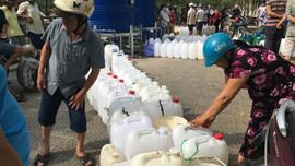 """""""Sốt ruột"""" với tiến độ dự án cấp nước an toàn cho miền Tây"""