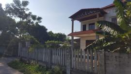 """Thái Nguyên: Cần xử lý nghiêm cán bộ xóm """"hô biến"""" đất công thành đất tư"""