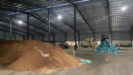 Hà Nam: Công ty TNHH Tân Phát sản xuất thức ăn chăn nuôi trái phép, gây ô nhiễm môi trường