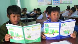 Truyền thông điệp kêu gọi học sinh tham gia bảo vệ rừng