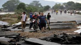 Honduras yêu cầu Mỹ kéo dài các biện pháp bảo vệ di cư tạm thời sau bão