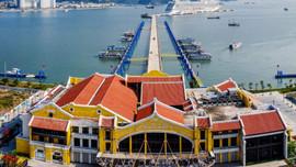 """Ngắm nhìn cảng tàu đầu tiên của Việt Nam giành giải """"Oscar du lịch"""""""