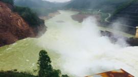 Mưa lớn, Thừa Thiên Huế yêu cầu thủy điện vừa sạt lở ở hạ lưu xả lũ