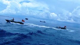 Bộ đội Hải quân dốc lòng, dốc sức vì dân