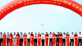 Phó Thủ tướng Thường trực Chính phủ dự khánh thành cải tạo đường băng hai sân bay lớn nhất nước