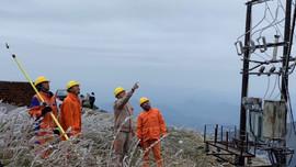 Điện vẫn đang được ảm bảo vận hành an toàn tại một số nơi có hiện tượng đóng băng ở vùng núi phía Bắc