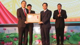 Ban Tuyên giáo Tỉnh ủy Lạng Sơn đón nhận Huân chương Lao động hạng Nhì