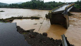 Động đất, lũ lụt tại Indonesia: Ít nhất 96 người thiệt mạng