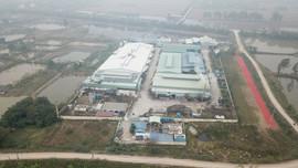 """Thanh tra Bộ TN&MT vào cuộc vụ người dân """"tố"""" nhiều cơ sở tẩy nhuộm tại Hà Nam xả thải ra sông Hồng gây ô nhiễm"""