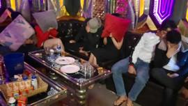 Đi xử lý vụ gây rối, Cảnh sát 113 phát hiện 12 nam, nữ dương tính ma túy tại quán karaoke
