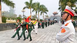 Điện Biên: Truy điệu, an táng 13 hài cốt liệt sĩ quân tình nguyện Việt Nam hy sinh tại Lào