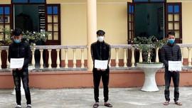 Quảng Ninh: Khởi tố nhóm đối tượng giả danh chốt kiểm soát dịch Covid-19