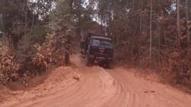 Lục Nam – Bắc Giang: Bất chấp lệnh cấm, khoáng sản vẫn bị tuồn đi nơi khác tiêu thụ
