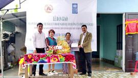 Bàn giao nhà an toàn chống chịu bão, lụt cho hộ nghèo tỉnh Quảng Nam