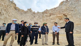 Vụ người dân sống lo sợ bên mỏ đá Công ty Cao Tuấn Cường: Yêu cầu tạm dừng khai thác