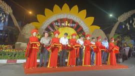 Nova Group tài trợ đường hoa tại TP.HCM, Phan Thiết và Biên Hòa