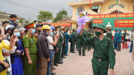 Quảng Trị: Gần 1.000 thanh niên lên đường nhập ngũ