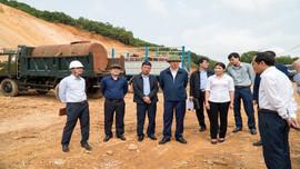Phó Chủ tịch UBND tỉnh Thanh Hoá kiểm tra mỏ đất Công ty Huy Hoàng sau phản ánh của Báo TN&MT