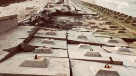 Thừa Thiên Huế: Kè chống sạt lở hàng trăm tỷ đồng hư hỏng nặng do sóng đánh
