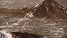 Sau hàng chục nghìn trận động đất, Iceland lo ngại núi lửa phun trào