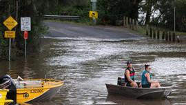 Mưa lũ ở miền Đông Australia: Khoảng 20.000 người vẫn mắc kẹt