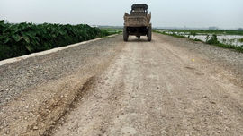 Phú Xuyên - Hà Nội: Nhiều công trình xây dựng nông thôn mới có dấu hiệu bị rút ruột?