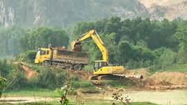 """Ninh Bình: """"Đất tặc"""" lộng hành chính quyền không hay?"""