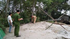 Hà Tĩnh: Bắt giữ nhiều trường hợp có hành vi vận chuyển, khai thác cát trái phép