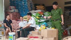 Lào Cai: Bắt giữ lô thuốc diệt cỏ không có nguồn gốc