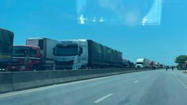 Quảng Bình: Tai nạn nghiêm trọng trên cầu Gianh khiến QL 1A tắc đường nhiều giờ