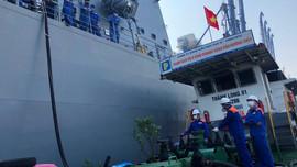 Petrolimex Hải Phòng cấp nhiên liệu cho Tàu hộ vệ Akebono