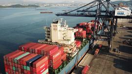 Xuất, nhập khẩu 4 tháng tăng cao nhất trong 10 năm