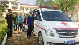 Thanh Hóa: Phát hiện, bắt giữ 2 đối tượng nhập cảnh trái phép từ Lào về