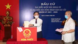Bộ trưởng Trần Hồng Hà bỏ phiếu bầu Đại biểu Quốc hội khóa XVvà HĐND các cấp nhiệm kỳ 2021-2026 tại nơi cư trú
