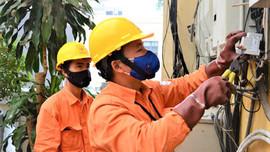 Tiêu thụ điện cao kỷ lục do nắng nóng cao điểm EVN khuyến cáo khách hàng hãy sử dụng điện an toàn, tiết kiệm