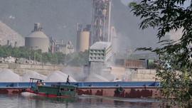 """Thanh tra Bộ TN&MT vào cuộc vụ người dân """"tố"""" cụm cầu cảng của Công ty Sơn Hữu tại Hà Nam gây ô nhiễm"""