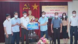 Petrolimex Hà Tĩnh đóng góp 1 tỷ đồng vào Quỹ vắc-xin phòng dịch Covid-19