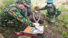 Quảng Trị: Phát hiện nam thanh niên 16 tuổi vận chuyển 2000 viên ma túy tổng hợp, 5kg ma túy đá