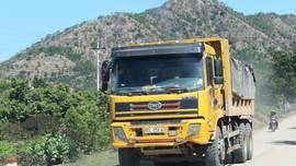 Chủ tịch tỉnh Ninh Thuận chỉ đạo kiểm tra xử lý thông tin đoàn xe Công ty Hướng Dương Sáng chở đất phá đường