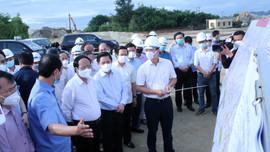Phó Thủ tướng Lê Văn Thành kiểm tra thực địa một số dự án cao tốc Bắc – Nam