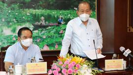 Phó Thủ tướng Thường trực làm việc với tỉnh Long An về phòng, chống dịch COVID-19