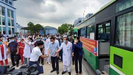 Bệnh viện Trung ương Thái Nguyên chi viện 79 cán bộ y tế vào TPHCM phòng chống dịch Covid - 19
