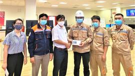 Công đoàn Nhà máy Nhiệt điện Vĩnh Tân 4: Thăm hỏi động viên CNVCLĐ nghỉ tập trung sau ca làm việc